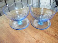 PAIR OF ART DECO STRONG WET LOOK GLOW BLUE SUNDAE GLASSES WITH WELL EX COND